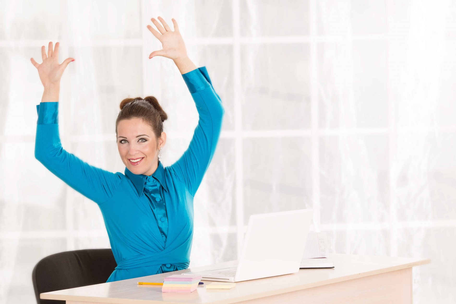 9 Desk Exercises You Should Be Doing Every Day