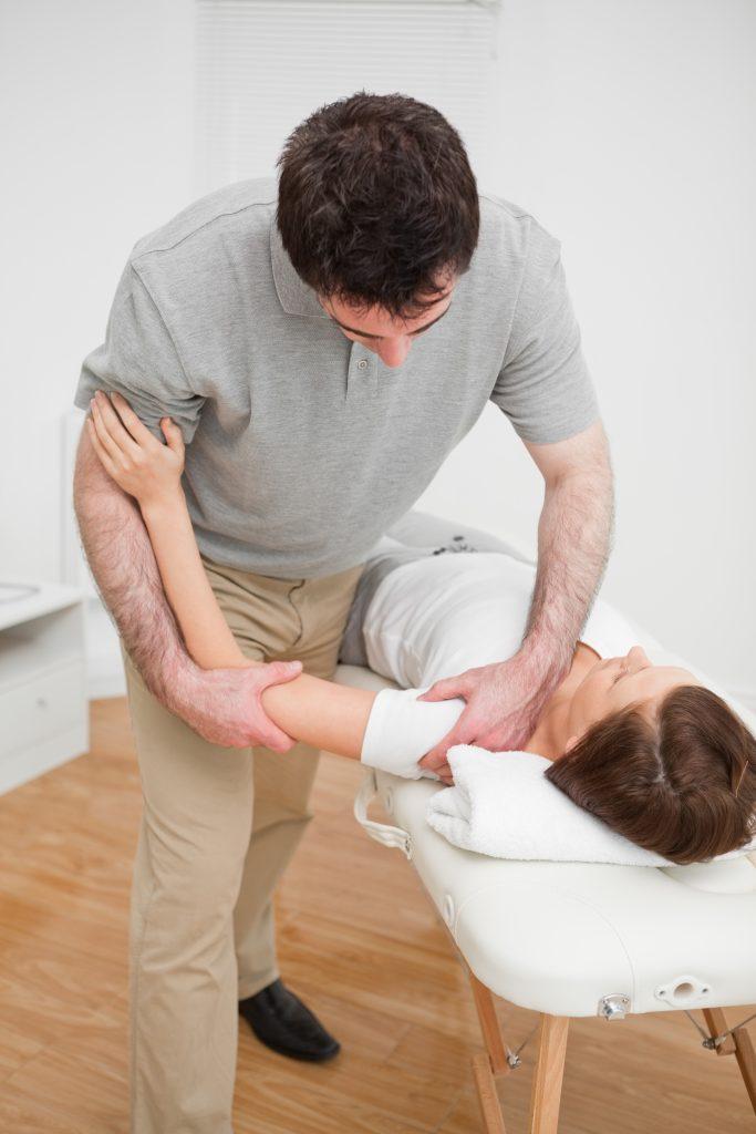 frozen shoulder, frozen shoulder exercises, what is frozen shoulder, frozen shoulder treatment, frozen shoulder causes